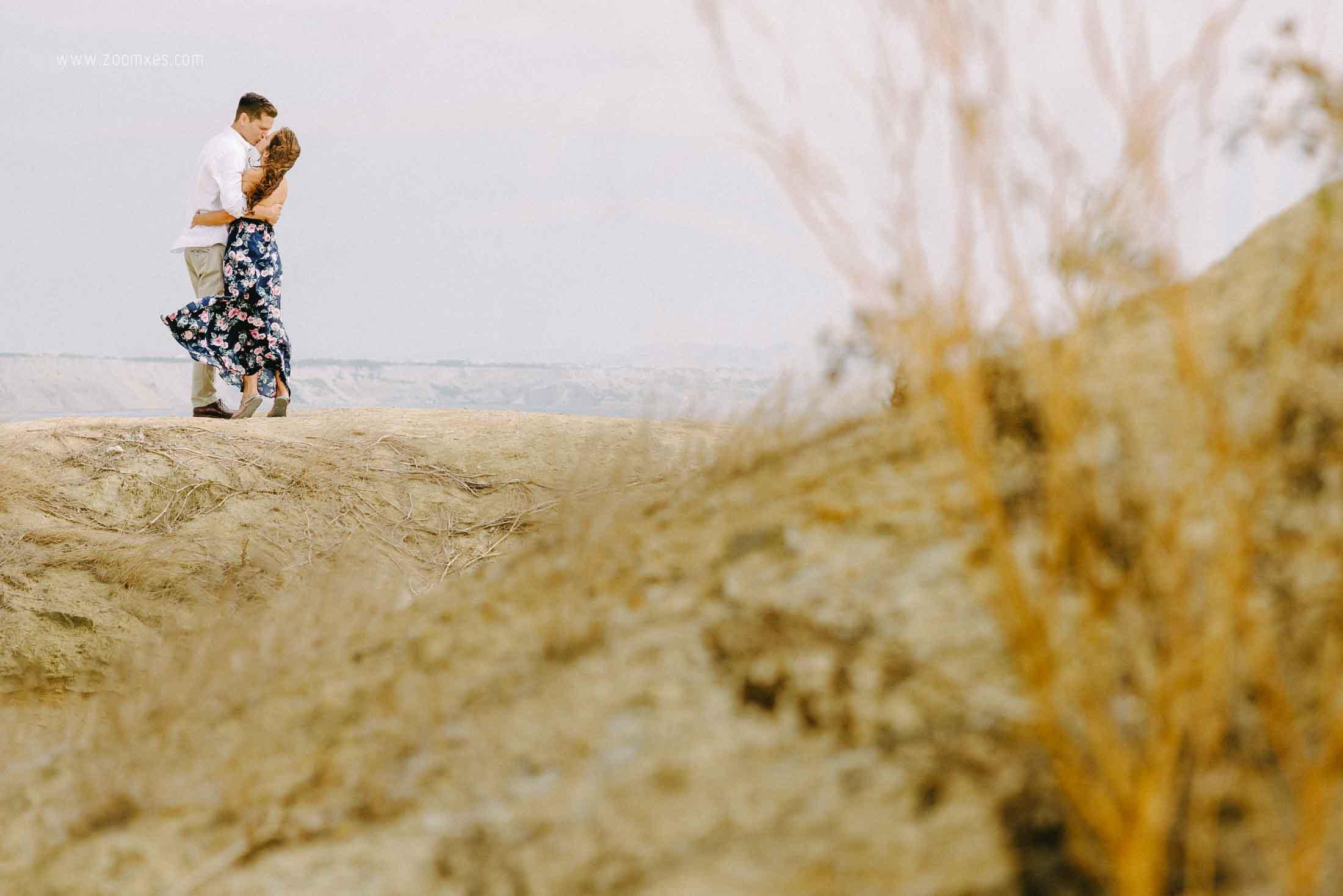 preboda karla y franco en colan, fotografia de boda en piura, fotografo de boda en piura, preboda en playa, preboda en colan, zoomx films, zoomx studio, erick ruiz, piura drone