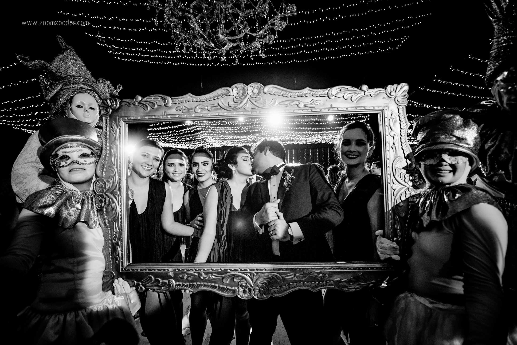 rosella y carlos, boda en piura, fotografo de boda en piura, fotografia de boda en peru, fotografo de boda, zoomx bodas, erick ruiz, zoomx films, bodas de noche en piura