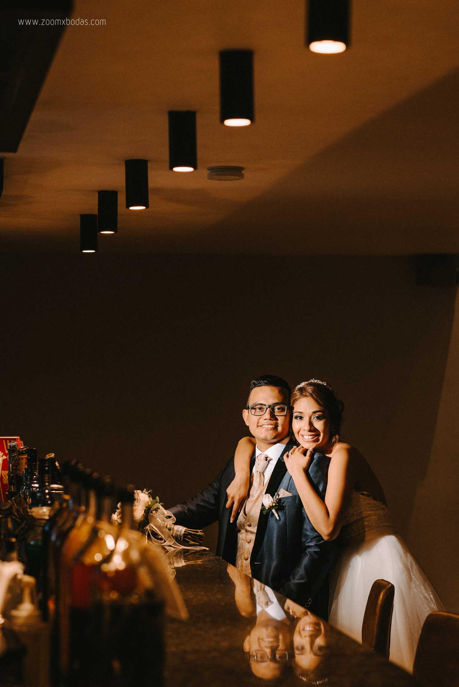 boda vanessa y harold en piura, fotografo de bodas en piura, fotografo de bodas, bodas de noche, bodas en piura, sesion de fotos, noche de bodas, novias felices, zoomx studio, erick ruiz